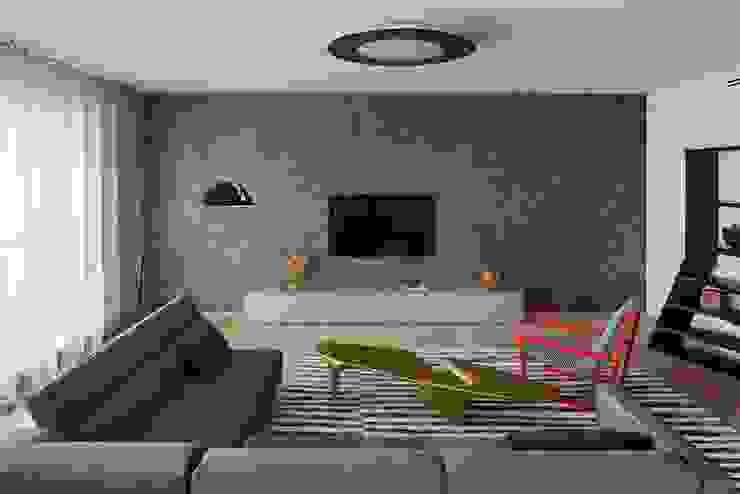 Свет и воздух Гостиная в стиле лофт от Анна и Станислав Макеевы Лофт