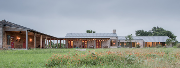 River Ranch Residence Wiejskie domy od Hugh Jefferson Randolph Architects Wiejski