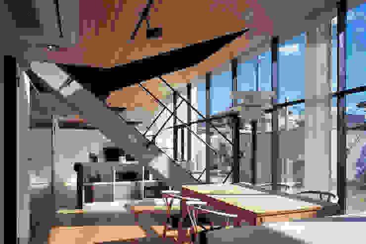 LDK モダンデザインの リビング の プライム建築都市研究所 モダン