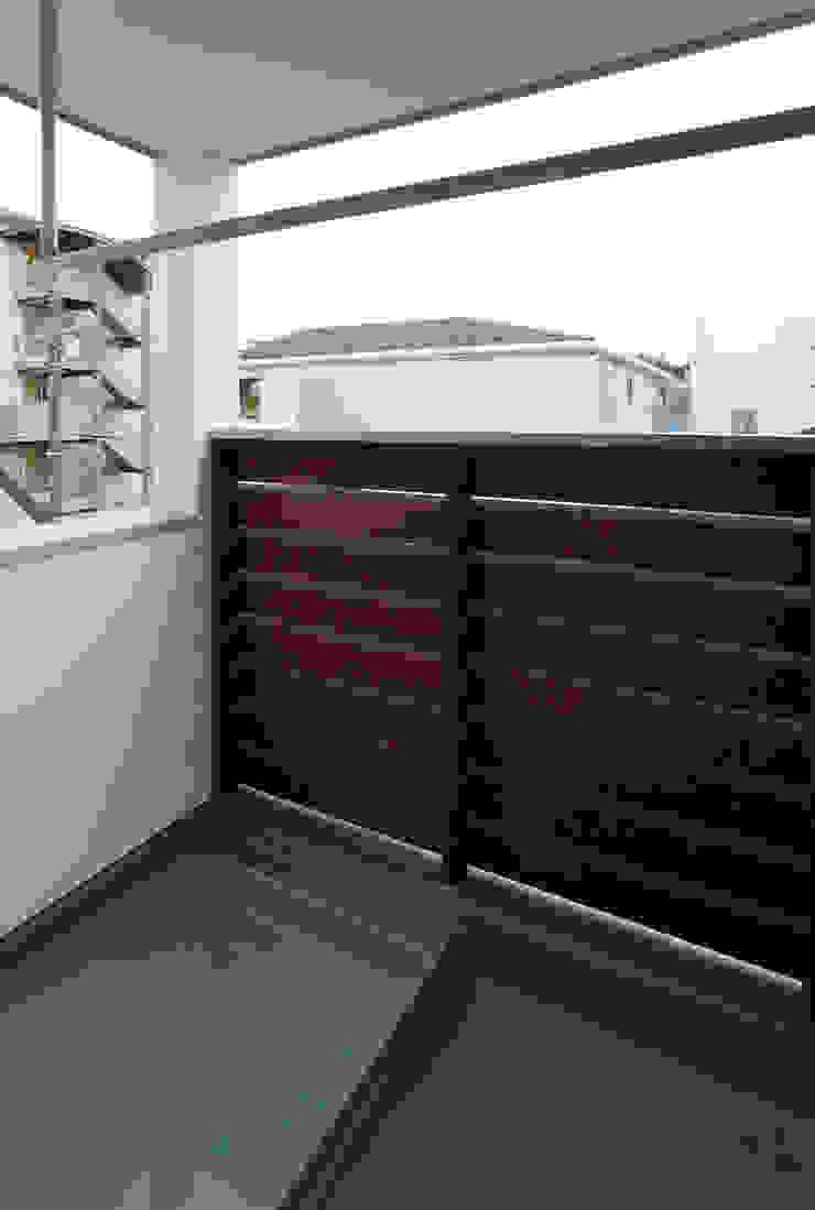 ENCLOSE モダンデザインの テラス の 充総合計画 一級建築士事務所 モダン