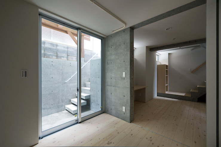 ENCLOSE モダンデザインの 多目的室 の 充総合計画 一級建築士事務所 モダン