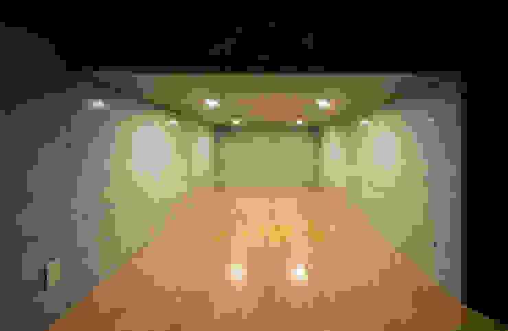 PIANO モダンデザインの 多目的室 の 充総合計画 一級建築士事務所 モダン