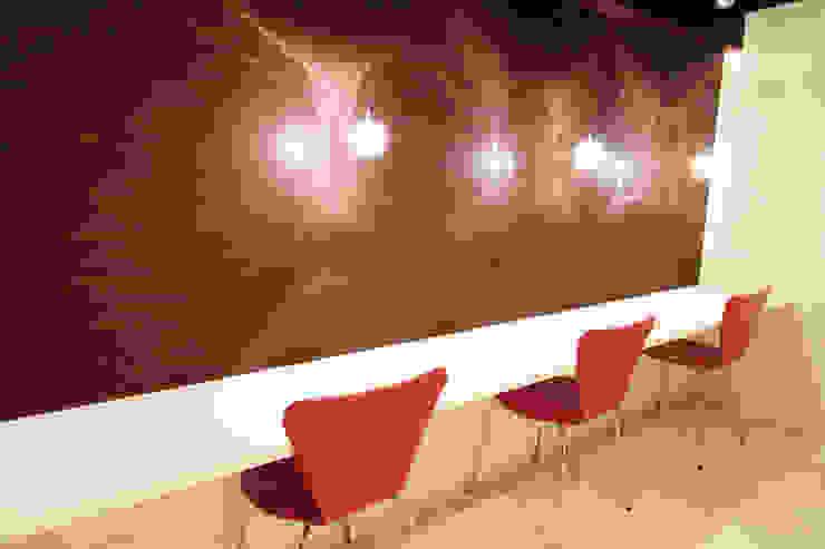 CAFE LIFE モダンデザインの リビング の 株式会社クラスコデザインスタジオ モダン