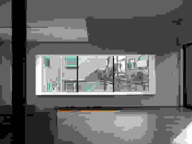 PIANO モダンな 窓&ドア の 充総合計画 一級建築士事務所 モダン