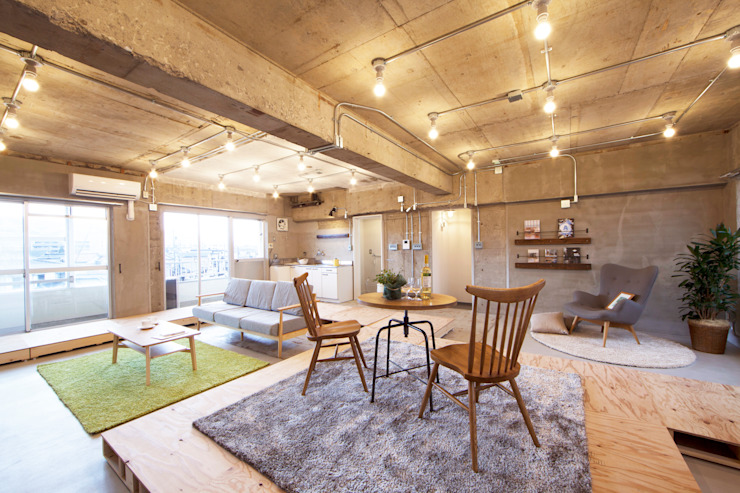 Salas de estar modernas por 株式会社クラスコデザインスタジオ Moderno