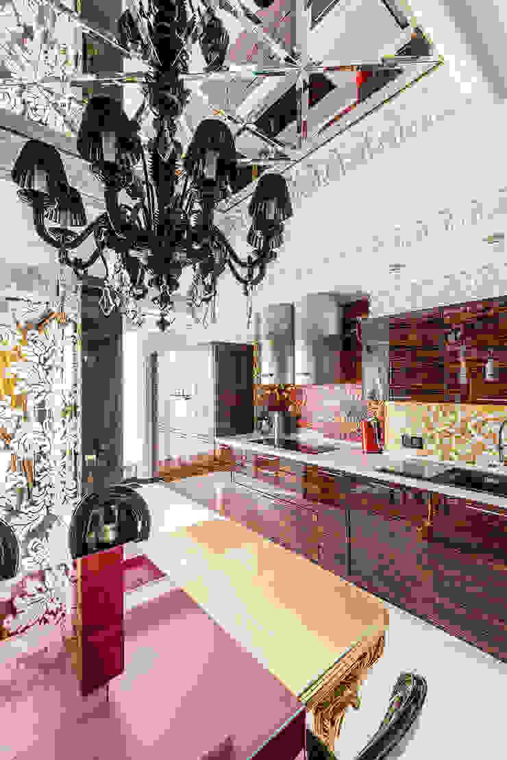 Интерьер квартиры в стиле Эклектики Кухни в эклектичном стиле от Belimov-Gushchin Andrey Эклектичный