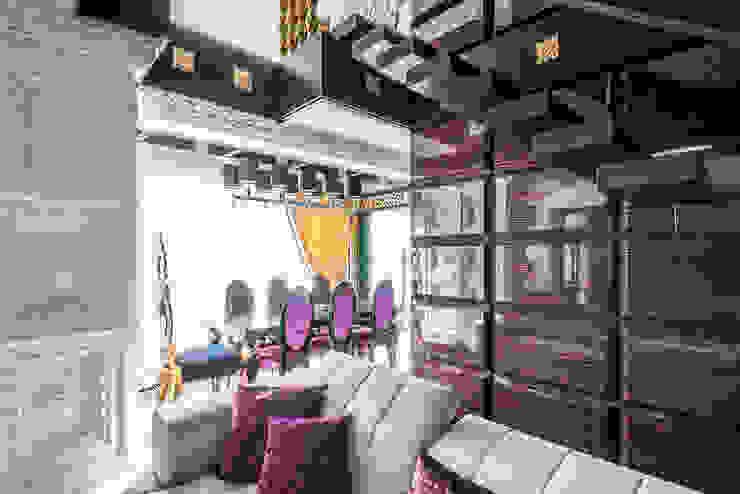 Интерьер квартиры в стиле Эклектики Гостиные в эклектичном стиле от Belimov-Gushchin Andrey Эклектичный
