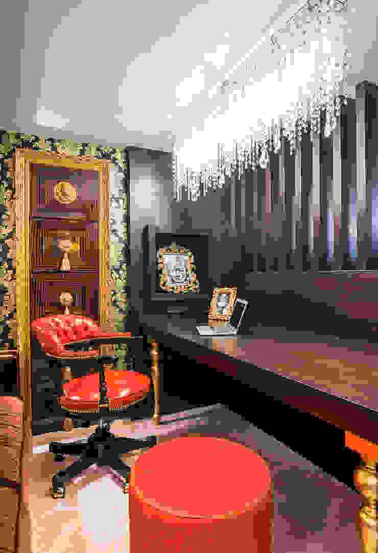 Интерьер квартиры в стиле Эклектики Рабочий кабинет в эклектичном стиле от Belimov-Gushchin Andrey Эклектичный