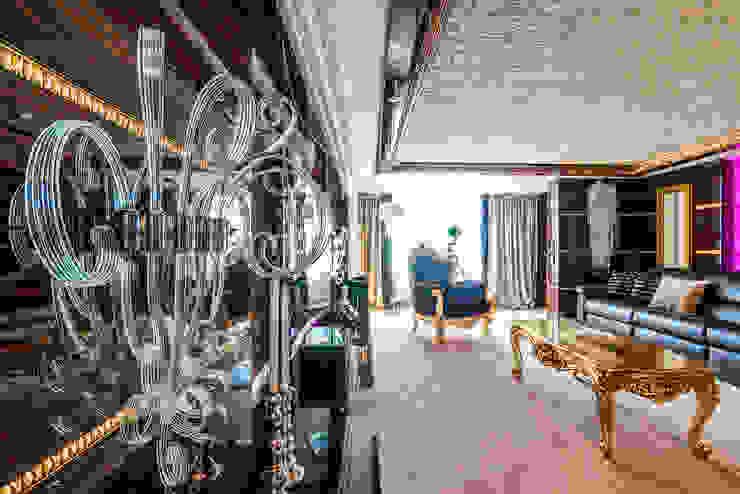 Интерьер квартиры в стиле Эклектики Медиа комнаты в эклектичном стиле от Belimov-Gushchin Andrey Эклектичный