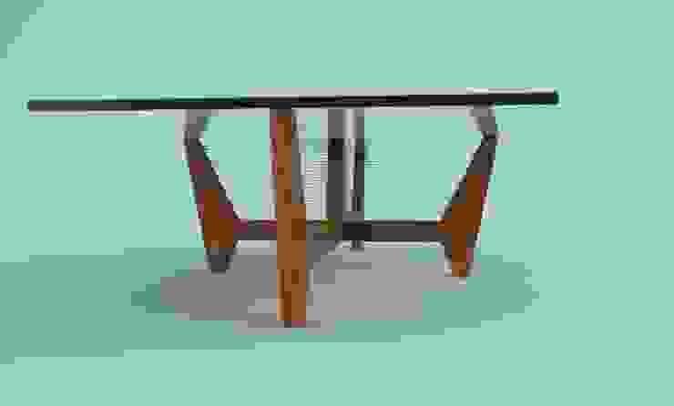 mesa de centro de Armatoste studio Clásico