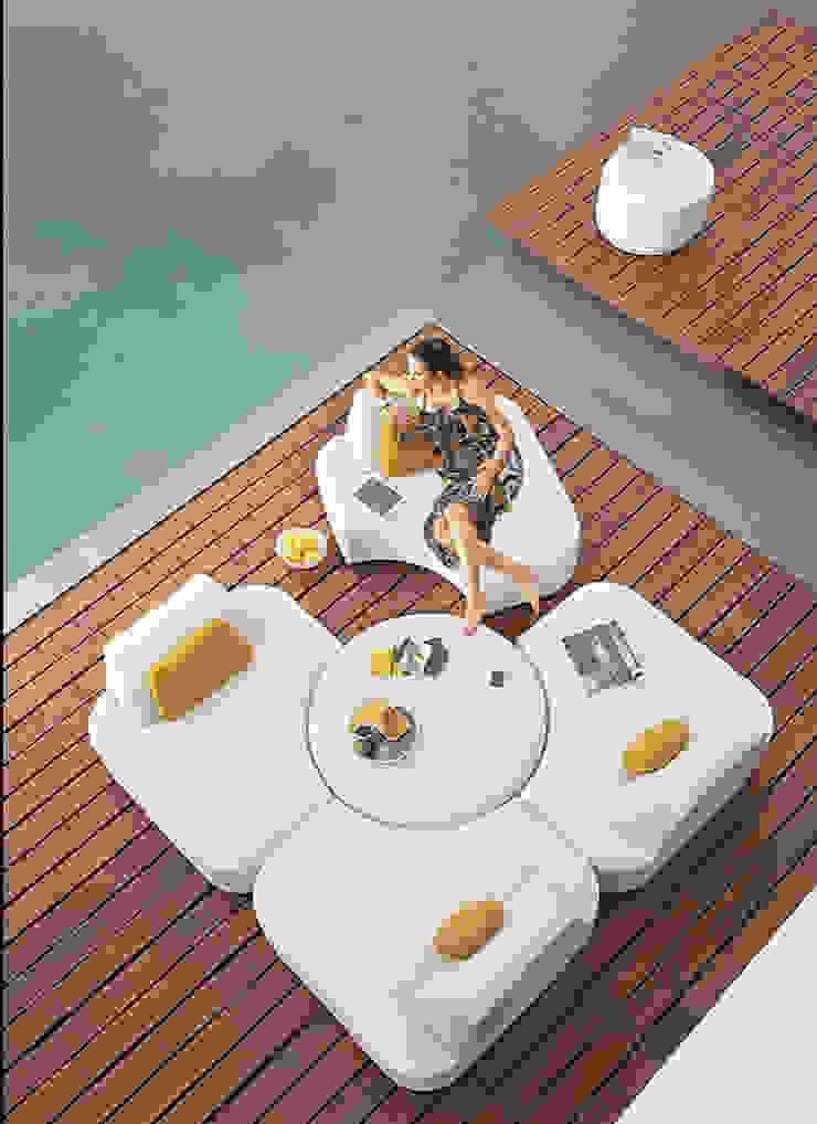 Mobiliario de jardines y exteriores de Muebles caparros Moderno