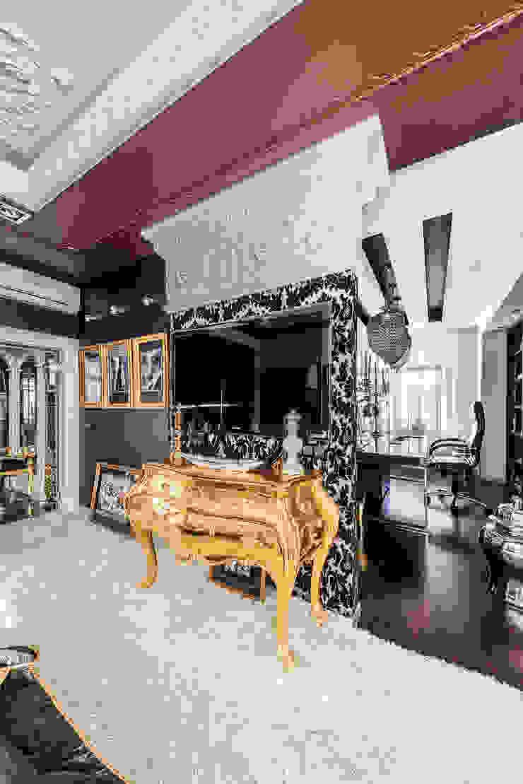 Интерьер квартиры в стиле Фьюжн Спальня в классическом стиле от Belimov-Gushchin Andrey Классический
