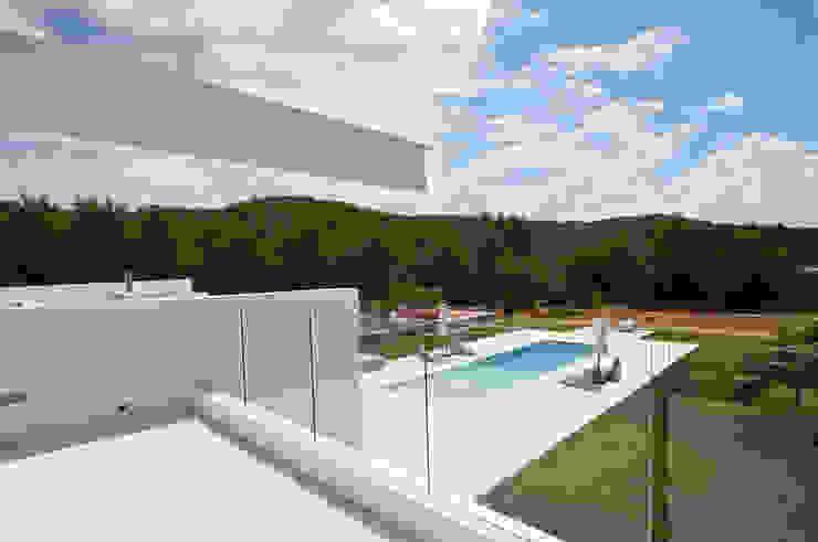Moderner Balkon, Veranda & Terrasse von Ivan Torres Architects Modern