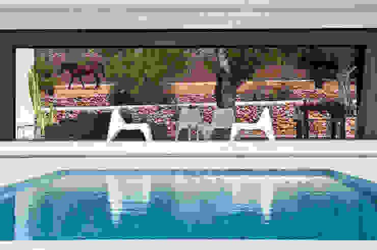 modern  by Ivan Torres Architects, Modern