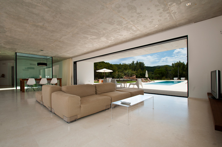 Mediterrane Wohnzimmer von Ivan Torres Architects Mediterran
