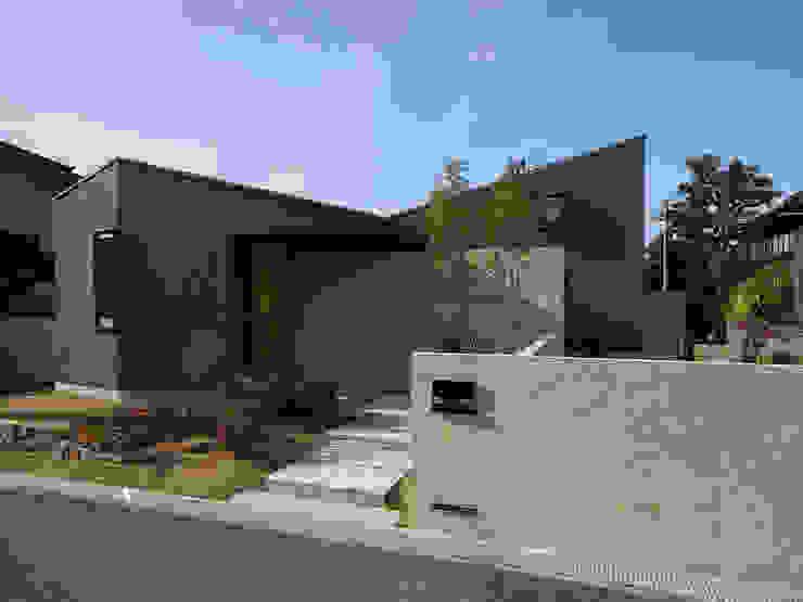 堺市の住宅 / 縁側のある家 一級建築士事務所アールタイプ モダンな 家