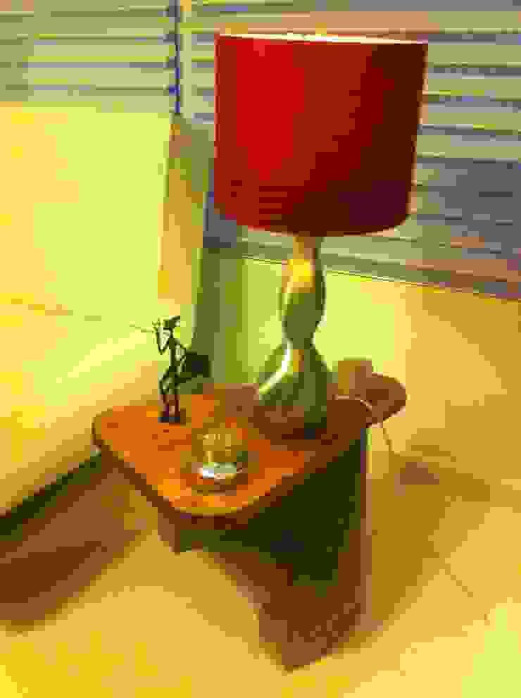 mesa auxiliar:  de estilo industrial por Armatoste studio, Industrial