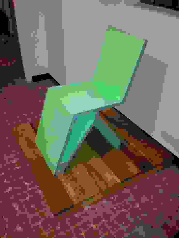 silla:  de estilo  por Armatoste studio, Moderno