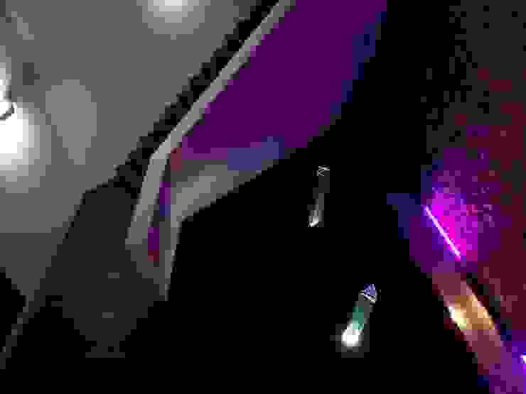 Vivienda en Roca Llisa, Ibiza Pasillos, vestíbulos y escaleras de estilo minimalista de Ivan Torres Architects Minimalista