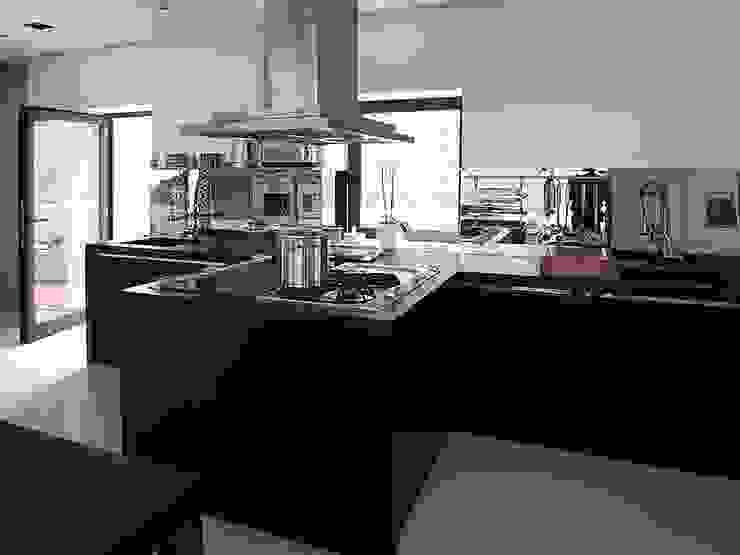 Vivienda en Roca Llisa, Ibiza Cocinas de estilo industrial de Ivan Torres Architects Industrial