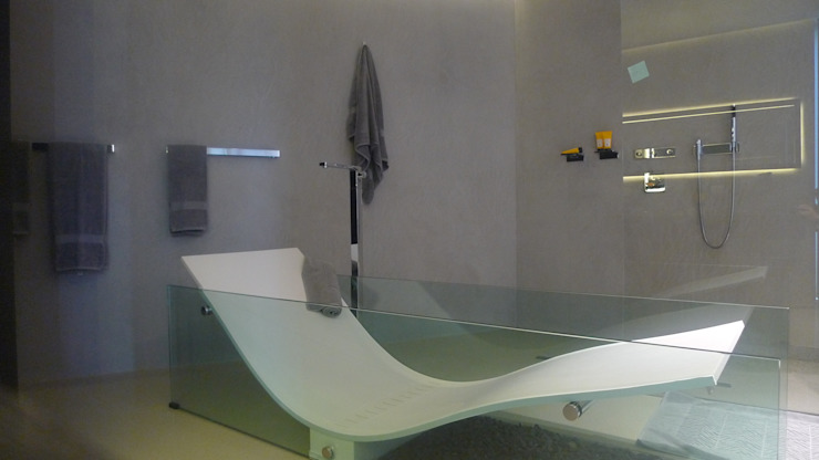 Ivan Torres Architects BathroomBathtubs & showers