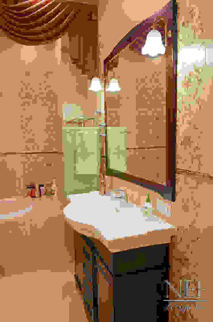 Квартира в классическом стиле с примесью кантри Ванная в классическом стиле от Юлия Паршихина Классический