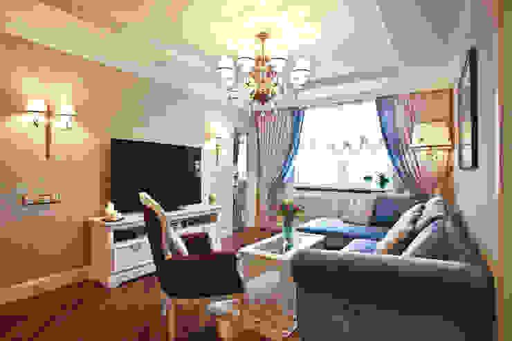 ЖК Мичурино Гостиная в классическом стиле от Nataly Komova Классический