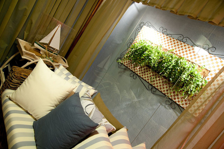 Moderner Balkon, Veranda & Terrasse von FJ Novaes Light Projects Modern