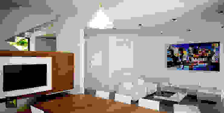 Made_ll_Modular_VIVIENDA en ALICANTE Salones de estilo mediterráneo de Madehome Arquitectura Mediterráneo