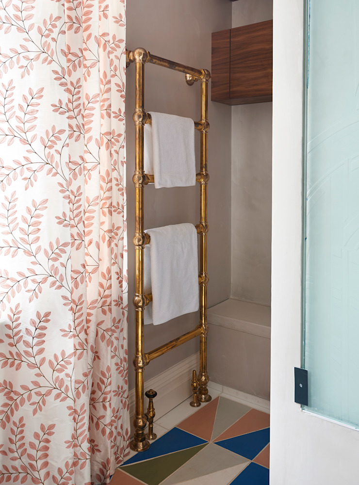 Drummond's Case Study: London Townhouse, Notting Hill od Drummonds Bathrooms Klasyczny