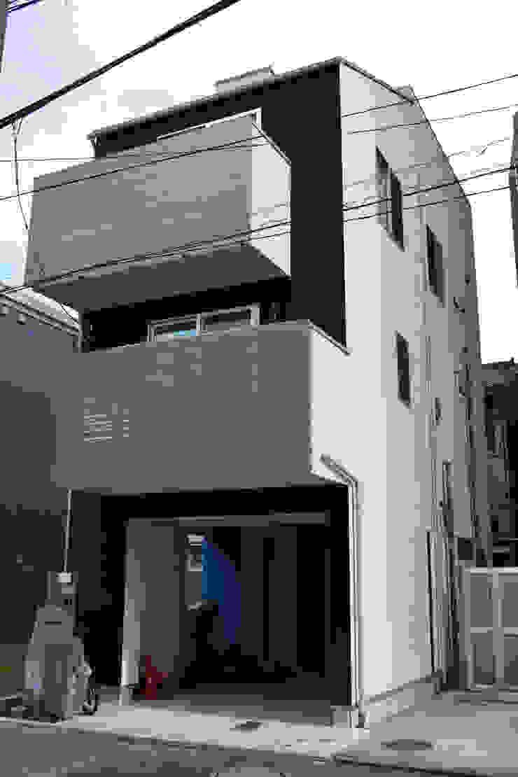外観 モダンな 家 の uedA一級建築士事務所 モダン