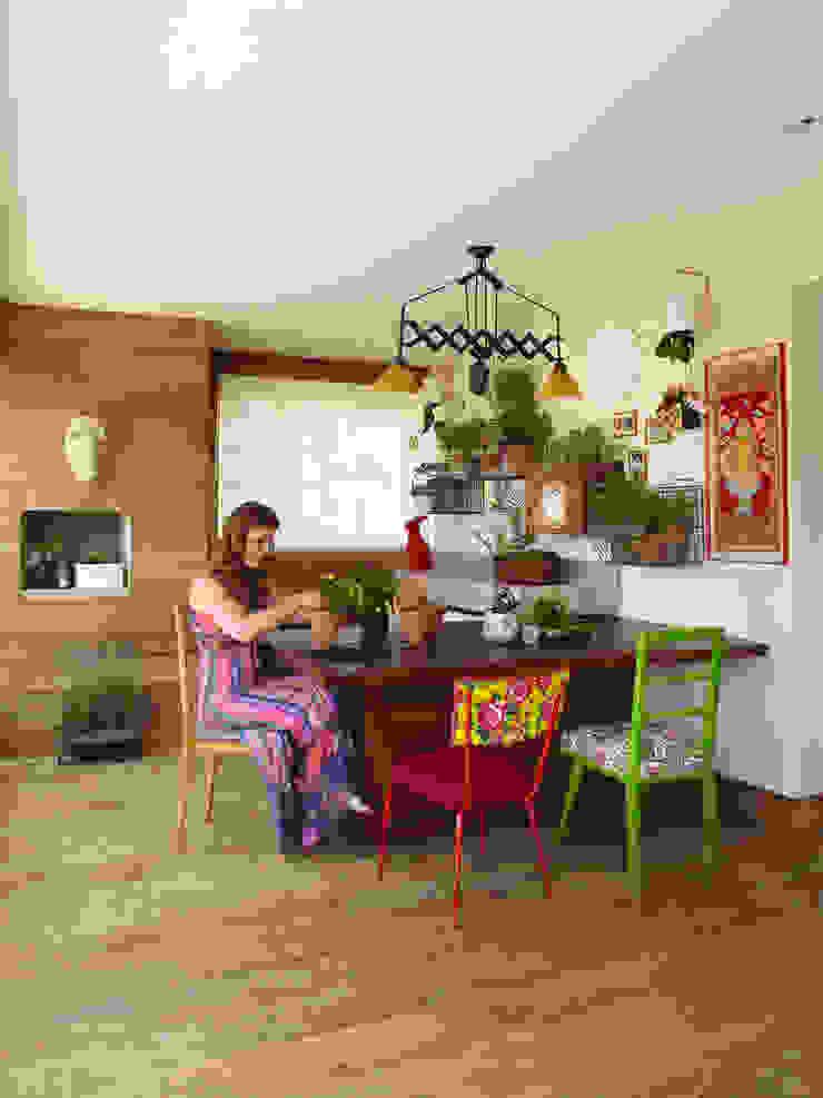 Varanda Gourmet Varandas, alpendres e terraços modernos por Lovisaro Arquitetura e Design Moderno