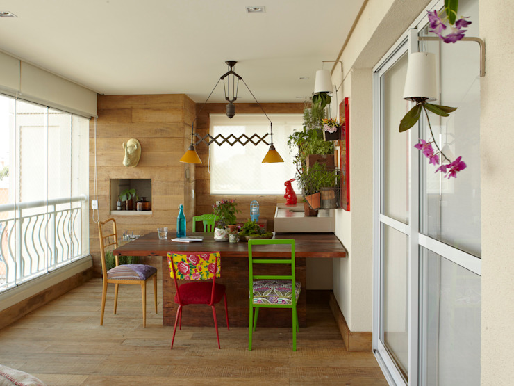 Balcon, Veranda & Terrasse modernes par Lovisaro Arquitetura e Design Moderne