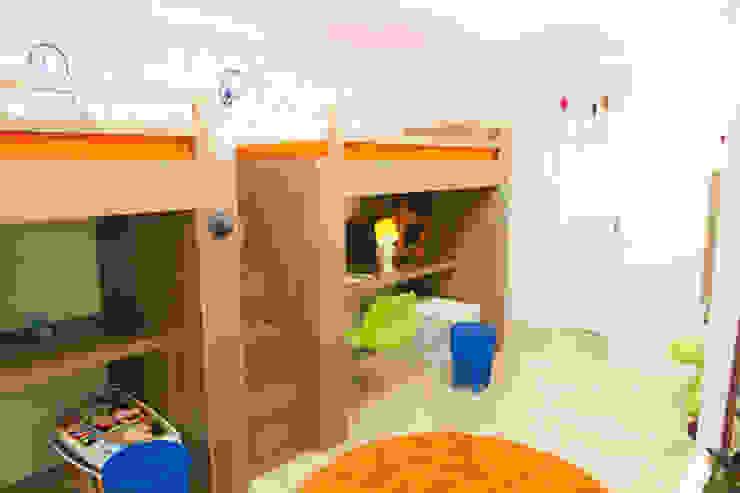 Apartamento em Perdizes Quarto infantil moderno por Lovisaro Arquitetura e Design Moderno