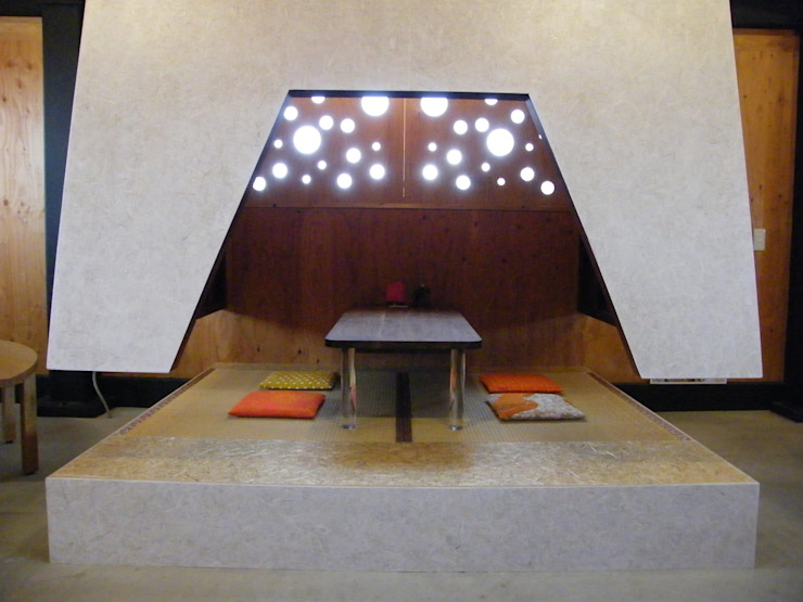 Atelier Tsuzuri オリジナルデザインの 多目的室 の ADS一級建築士事務所 オリジナル