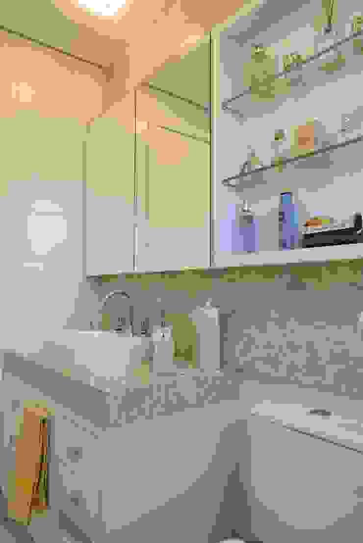 Banho suite Banheiros modernos por Paula Szabo Arquitetura Moderno