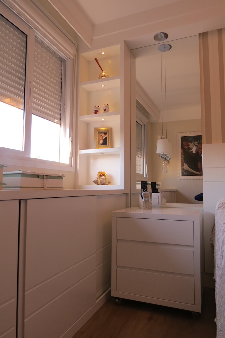 Suite Quartos modernos por Paula Szabo Arquitetura Moderno