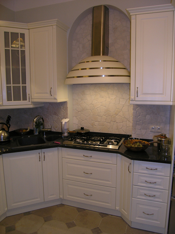 DREWMAR KitchenCabinets & shelves