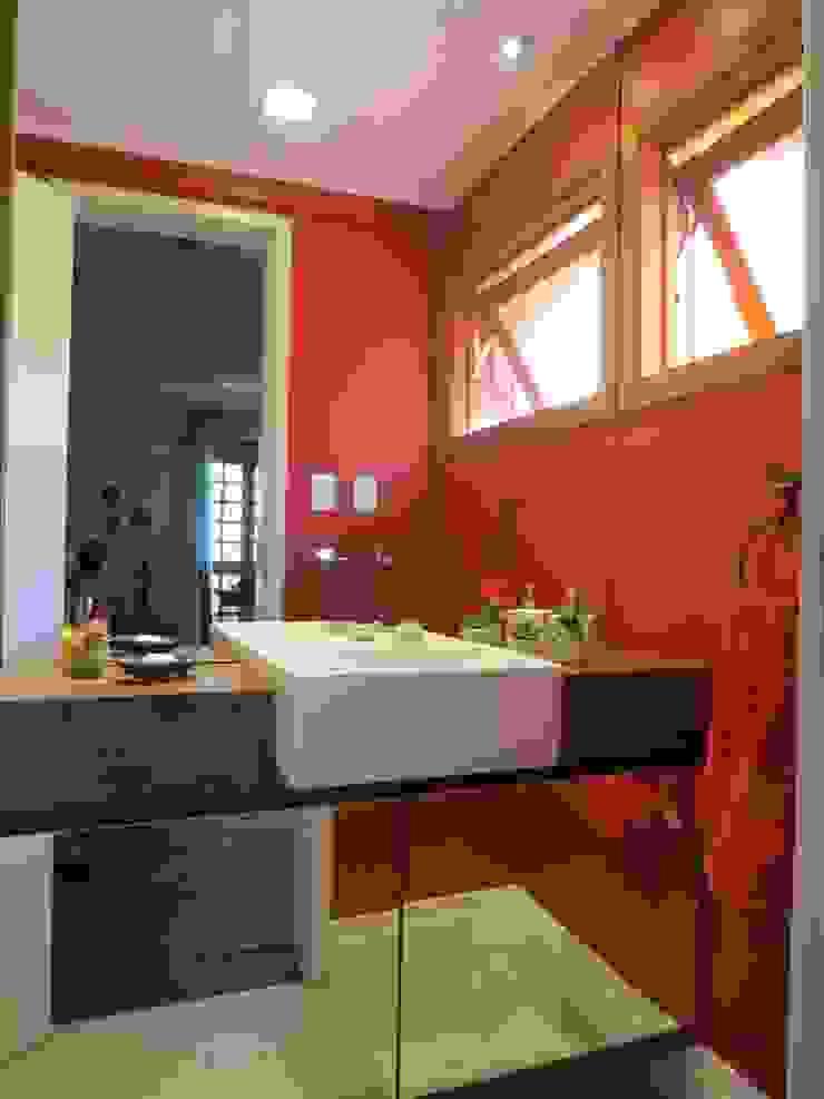 Rustic style bathroom by Paula Szabo Arquitetura Rustic