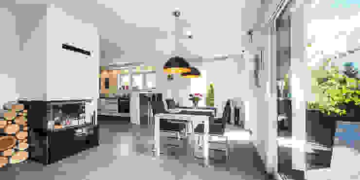 Ruang Makan oleh Bertram Bölkow Fotodesign, Modern