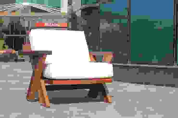 sham sitzgarnitur: modern  von Khashabna,Modern