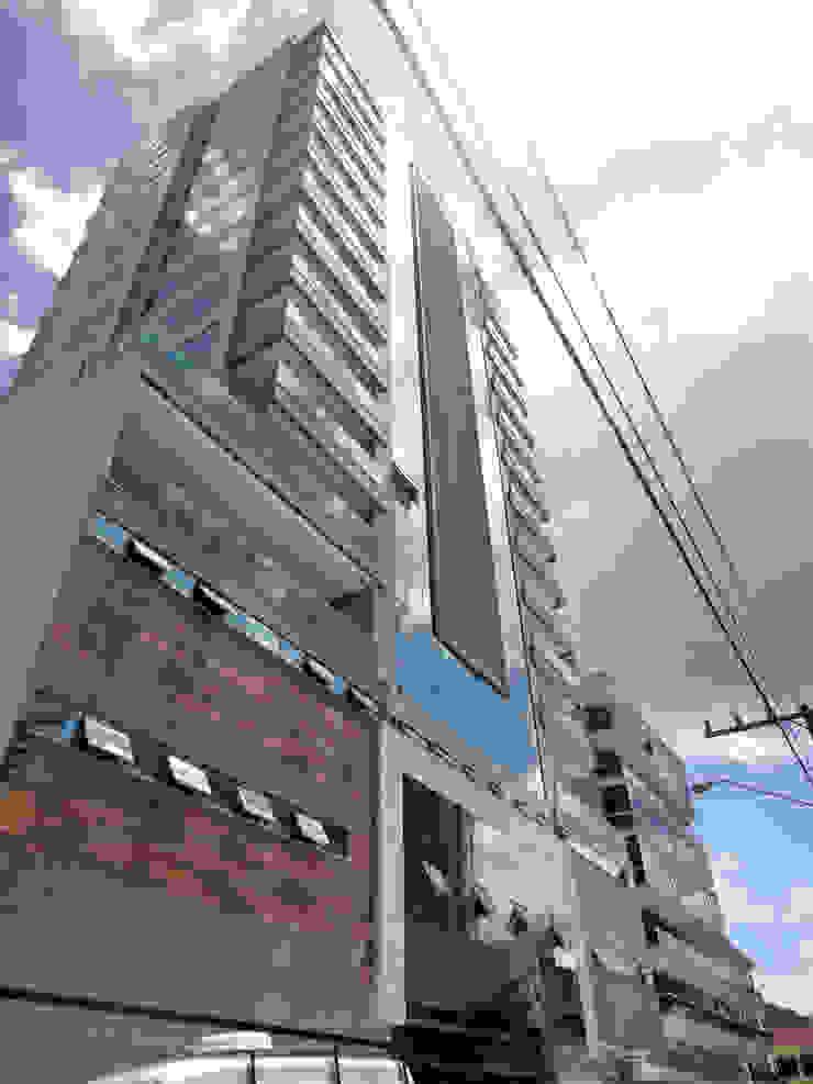 Composicao de Fachada Casas modernas por Gabriela Herde Arquitetura & Design Moderno