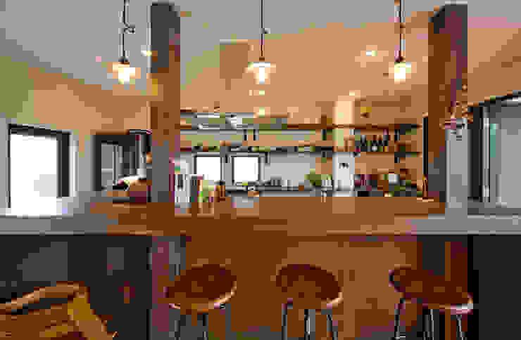 建築家の元自邸をリノベーションでさらに快適な空間に! モダンな キッチン の 株式会社リボーンキューブ モダン