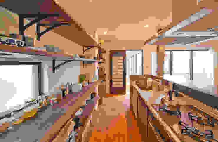 Kitchen by 株式会社リボーンキューブ, Modern
