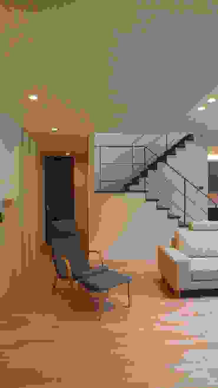 開放的なリビングルーム: 株式会社スター・ウェッジが手掛けた現代のです。,モダン