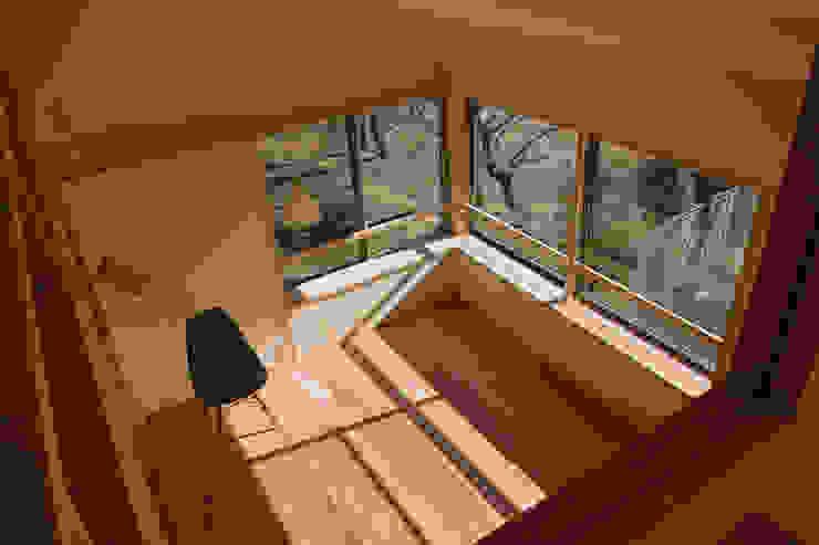 リビング3 オリジナルデザインの リビング の 「有」ひなたの場所 建築設計事務所 オリジナル