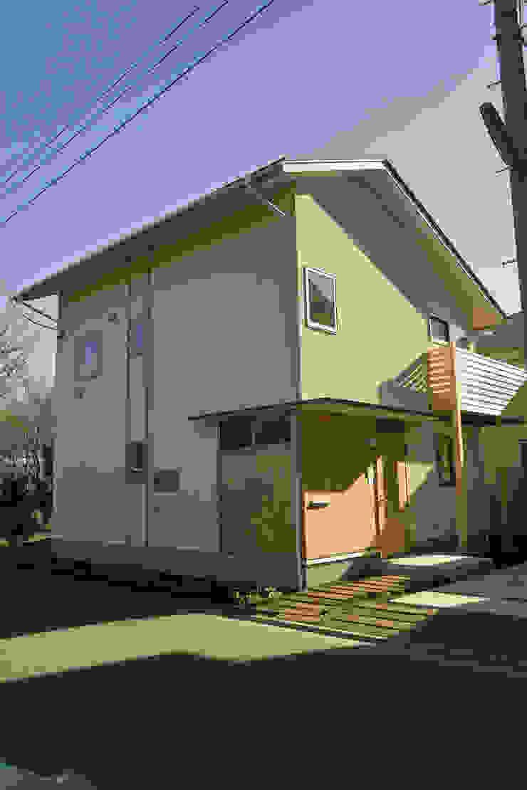 外観2 オリジナルな 家 の 「有」ひなたの場所 建築設計事務所 オリジナル