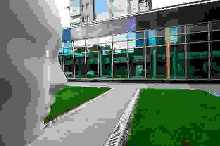 Diadema Club House Балкон и терраса в классическом стиле от Belimov-Gushchin Andrey Классический