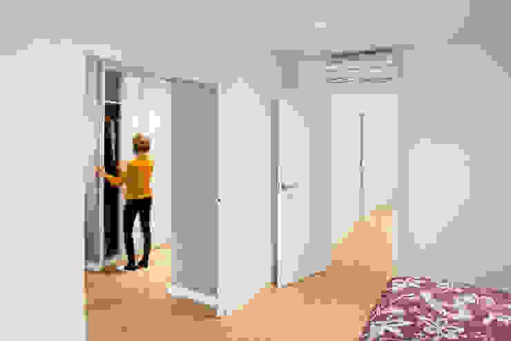 Vestidor Dormitorios de estilo mediterráneo de GPA Gestión de Proyectos Arquitectónicos ]gpa[® Mediterráneo