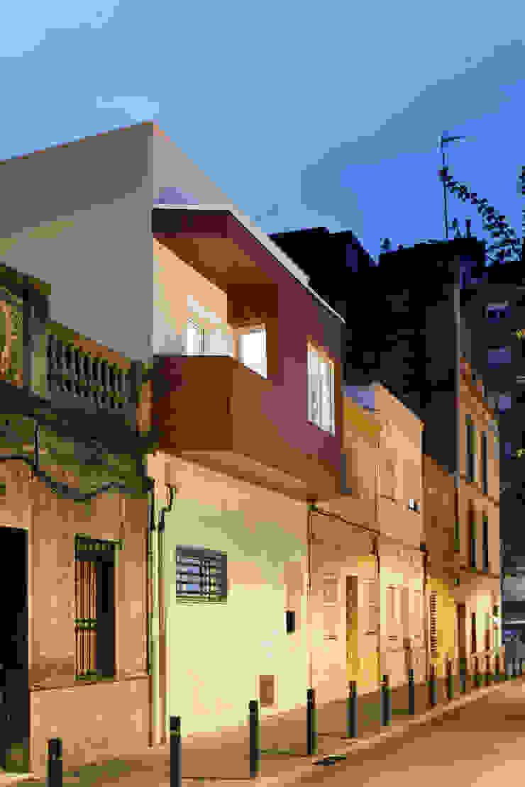 Renovación de piel del edificio Casas de estilo mediterráneo de GPA Gestión de Proyectos Arquitectónicos ]gpa[® Mediterráneo